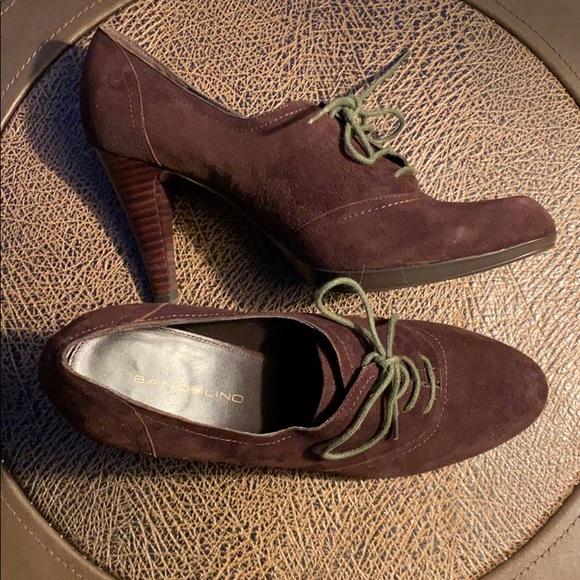 Beautiful Suede Lace-up Shoe